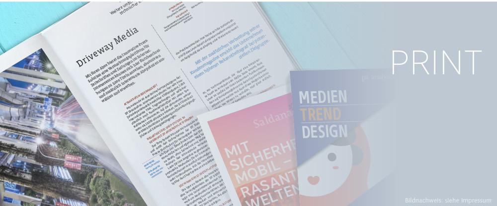 Drucksachen mit Broschüren und Flyern